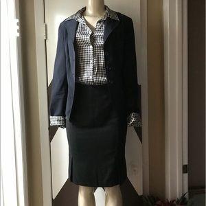 NWOT stunning BARAMI pencil skirt.